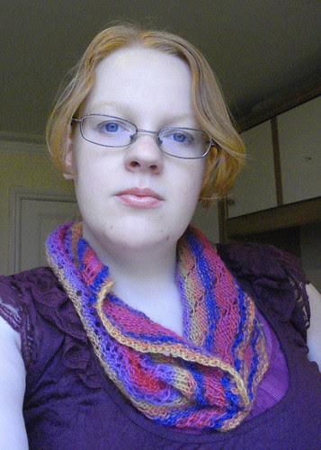 knitted moebius cowl rainbow infinity scarf knitting cat bordhi
