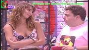 Sylvie Dias sensual nos morangos com açucar