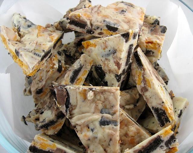 white chocolate bark w Oreo's & Cheez Its