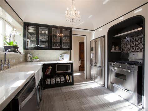 amazing room makeovers  hgtvs house hunters