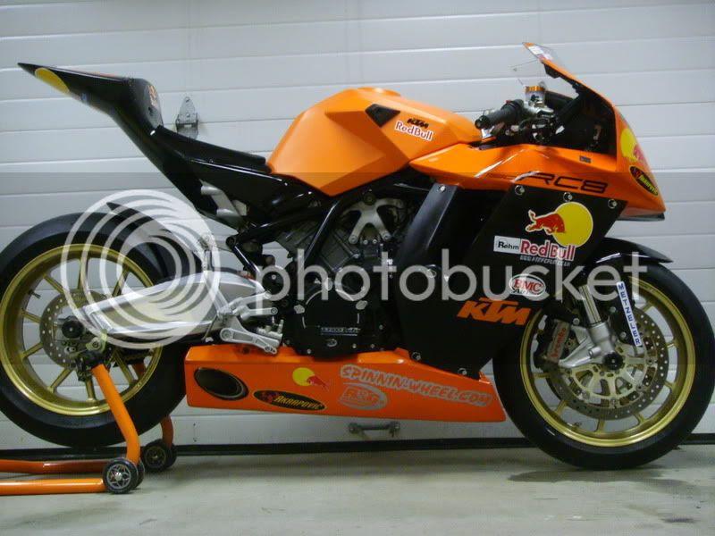 New KTM RC8R 2009 Design
