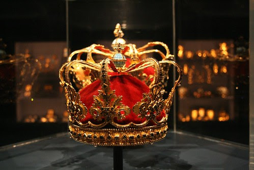 玫瑰宮裡鑲滿寶石的皇冠2