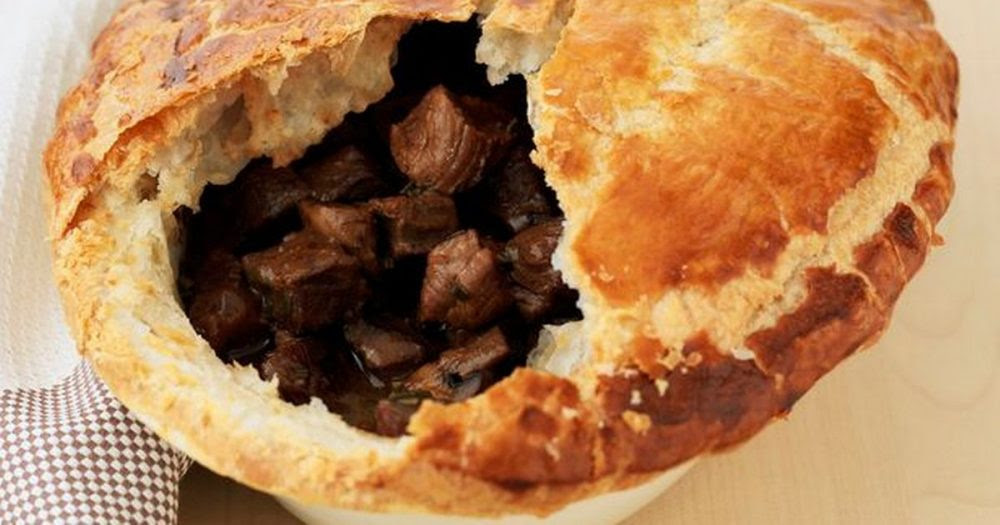 Couple Who Were Banned From Buying Meat Pie Before 9am At ...