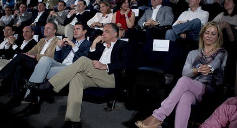 Ubicación de los asientos durante la intervención de Rita Barberá. El asiento vacío corresponde a la alcaldesa de Valencia.   Foto: Vicent Bosch