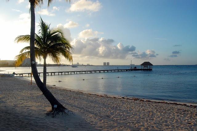 cancun_resort_golden_hour