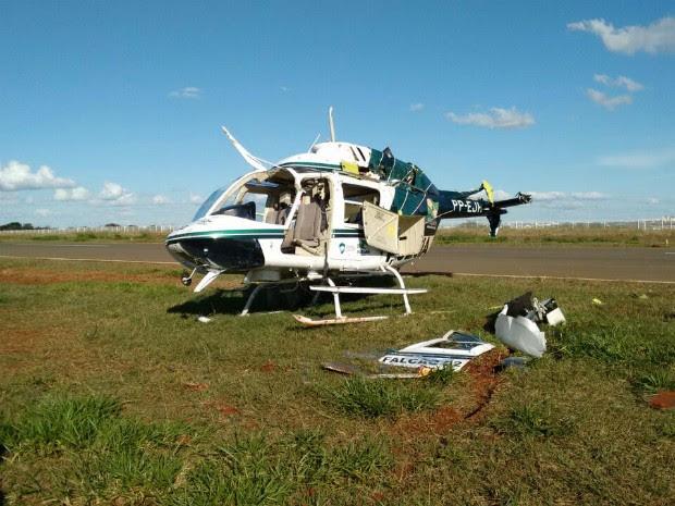 Os dois ocupantes da aeronave saíram ilesos do acidente, informou o Graer (Foto: Junior Evangelista/RPC)