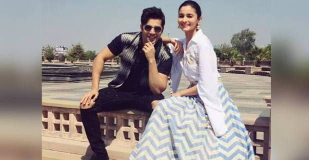 Alia Bhatt and Varun Dhawan gets candid in a chat show; gives interesting bios to the Bollywood A-listers