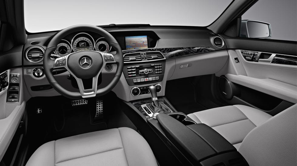 2011 Mercedes-Benz C-Class C300 Review, Pictures, MPG & Price