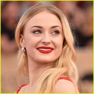 Sophie Turner Says That 'Game of Thrones' Was Her Sex Ed