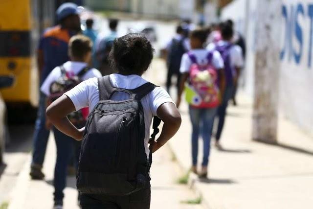 Licitação para adaptar escolas públicas da rede estadual para retorno às aulas presenciais será concluída este mês
