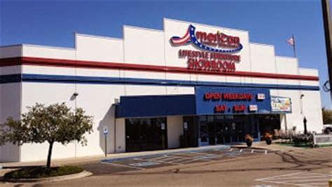 pueblo store front yelp