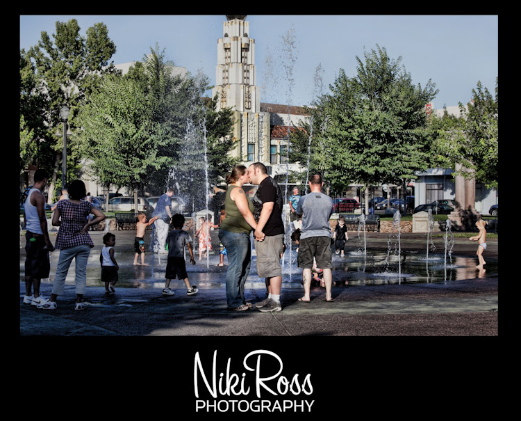 kiss-fountain