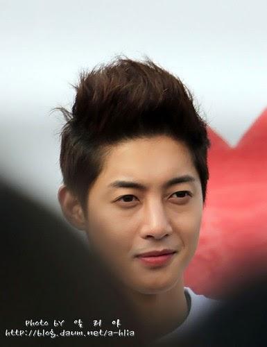 Kim Hyun Joong / 김현중 / 金賢重 Fever: Kim Hyun Joongs Photos Collection 5