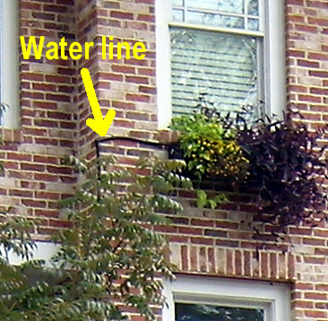 PA171263-Best-MSide-Window-Box-Univ-Detail-Waterline