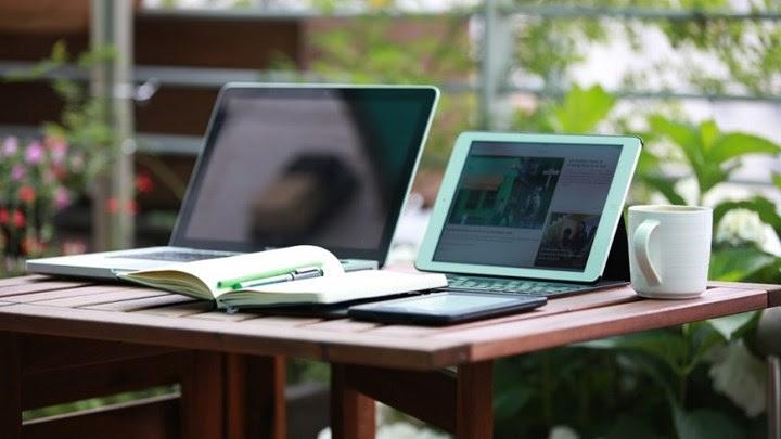 Voucher 200 ευρώ για laptop και tablet: Ποιοι είναι οι δικαιούχοι - Αναλυτικά η διαδικασία