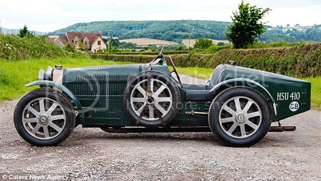 Bugatti abandonado vendido por 340.000 euros