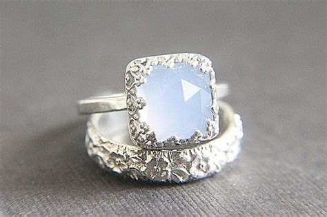 izyaschnye wedding rings alternatives  diamond wedding