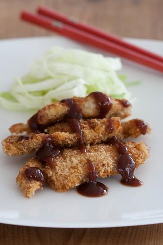 Tonkatsu with cabbage and tonkatsu sauce / Tonkatsu