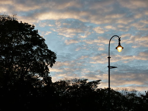 Himmel mit Lampe