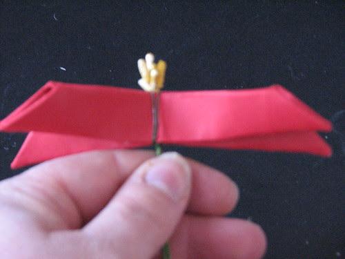 #13 - Origami Poinsettia 010
