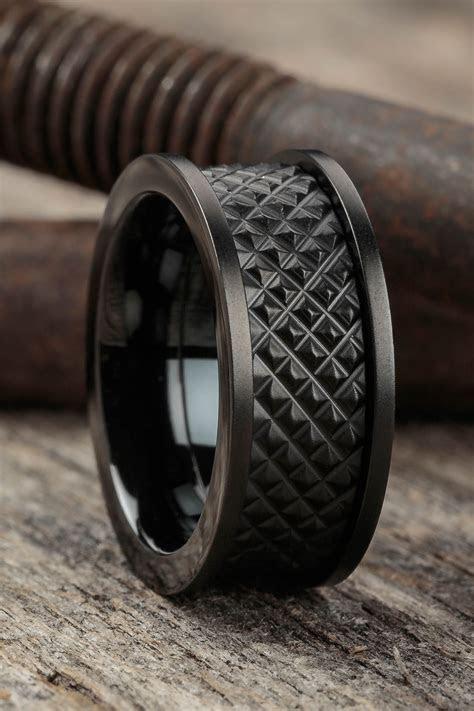 Best 25  Mens emerald rings ideas on Pinterest   Art deco
