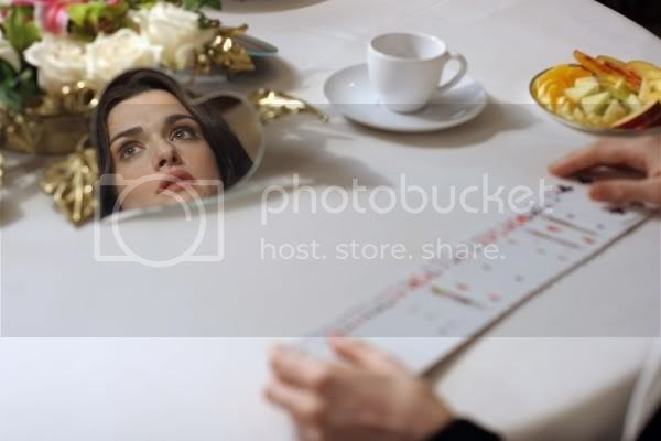 http://i6.photobucket.com/albums/y202/personalitytest/blog/BBWeisz.jpg