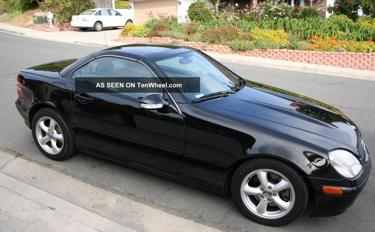 2002 Mercedes - Benz Slk320 Base Convertible 2 - Door 3. 2l