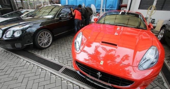 mobil mahal dengan acceleration yang bagus
