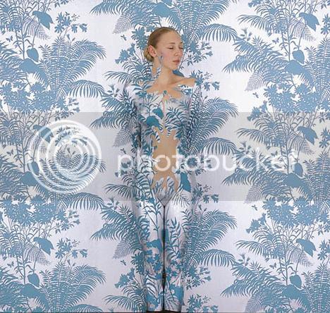 Emma Hack's Body Art Wallpaper 4