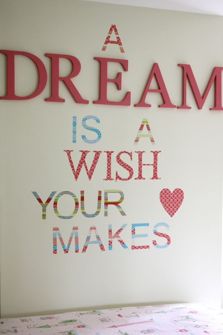 Love washi tape diy wall decals!