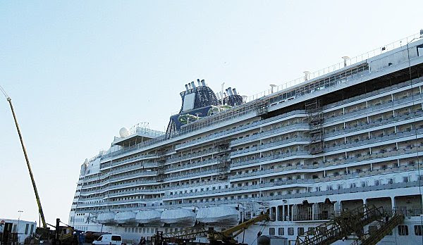 NORWEGIAN EPIC 006