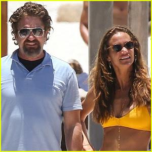 Gerard Butler & On-Again Girlfriend Morgan Brown Hit the Beach in Mexico