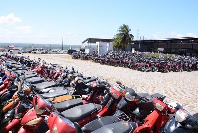 """Governo do RN prepara """"pente fino"""" para pegar donos de motocicletas..."""