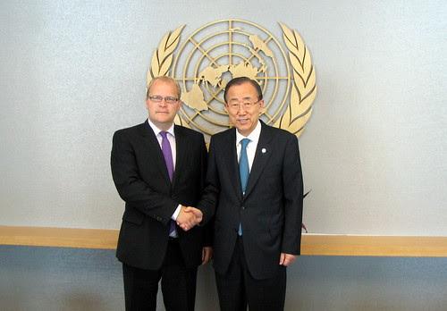 Välisminister Urmas Paet kohtus New Yorgis ÜRO peasekretäri Ban Ki-mooniga. (31. juuli 2012) by Estonian Foreign Ministry