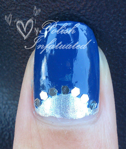 blue, flowers and studs3