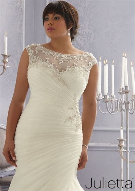 {Plus Size Wedding Dress of the Week} Julietta Spring 2015