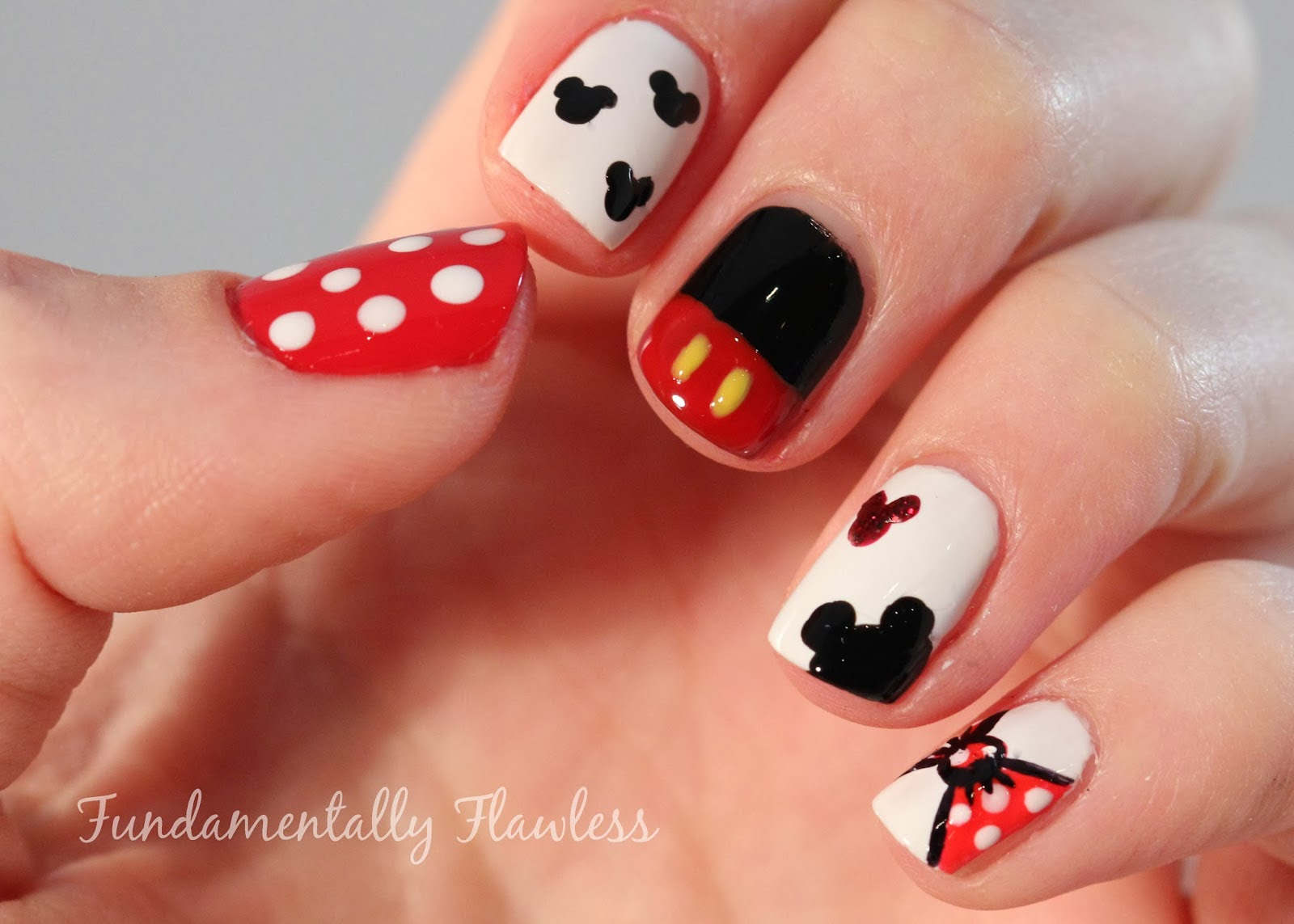 Mickey And Minnie Nail Art - kitharingtonweb