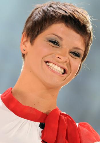taglio di capelli di alessandra amoroso - Alessandra Amoroso un nuovo taglio di capelli Gossip tv