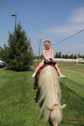 07.22.11 Pony rides at Goddard (22)