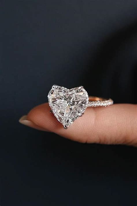 27 Incredibly Beautiful Diamond Engagement Rings   Oh So