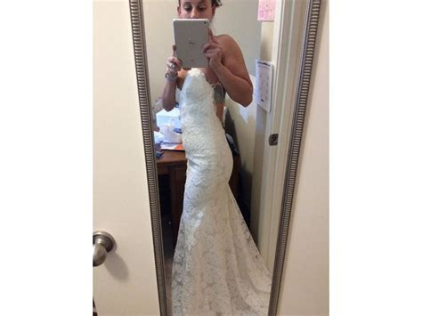 Katie May Poipu, $950 Size: 4   New (Un Altered) Wedding