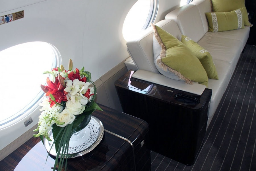 AD-Step-Inside-Rupert-Murdoch's-Luxurious-$84-Million-Private-Jet-10