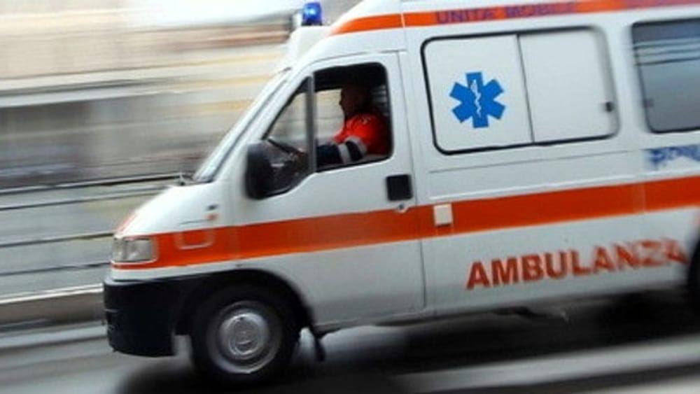 Risultati immagini per ambulanza asl roma