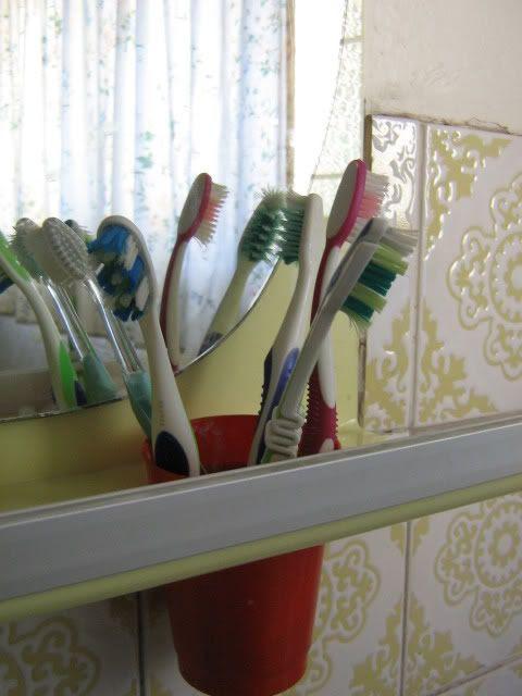 3.5 My toothbrush.