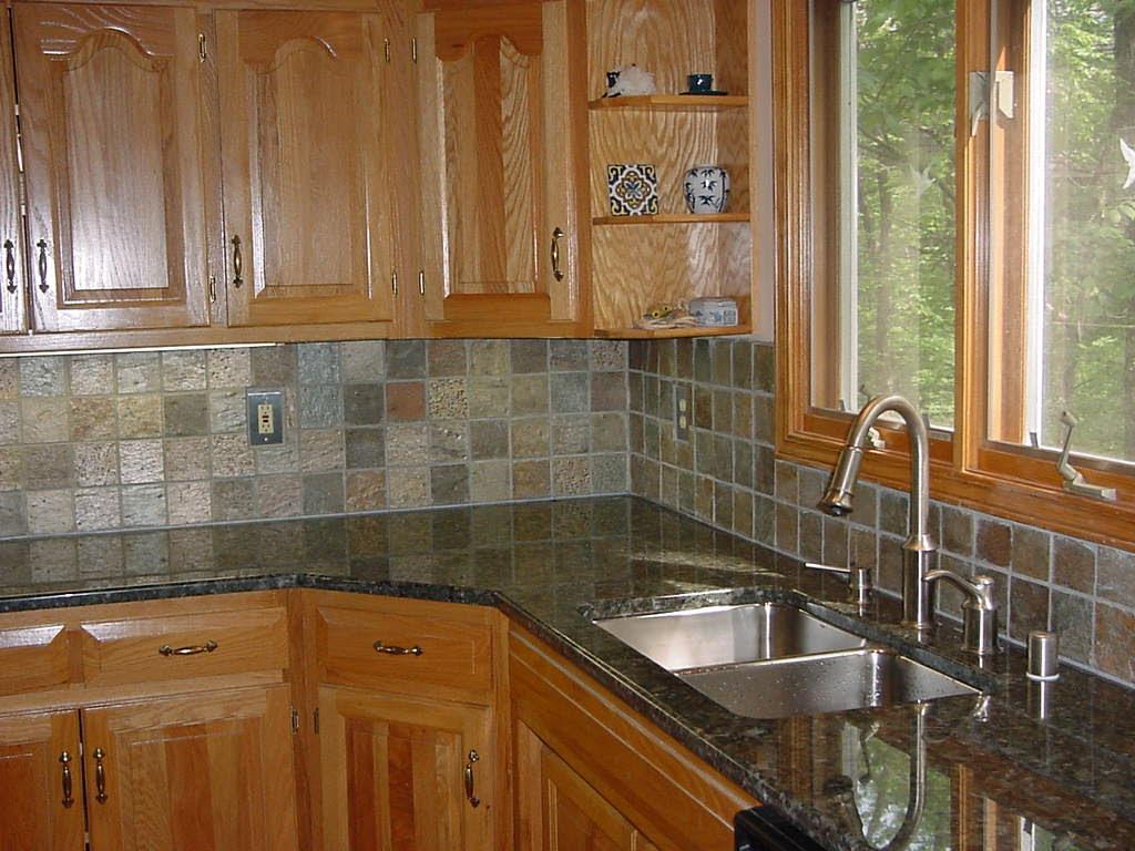 Kitchen Backsplash Tile Design Idea
