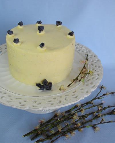 Marbled lemon-blueberry butter cake