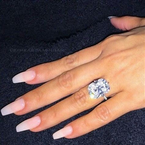 Kim Kardashian's wedding ring!!!   Keeping Up With The