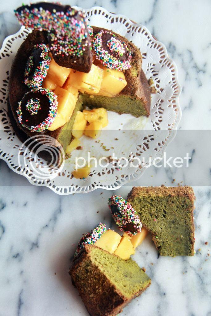 dessert (blog birthday cake) - matcha white chocolate cake