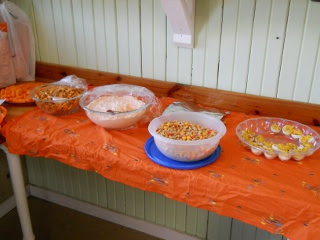 Mar 17, 2011 Protestant Orange Day More Food