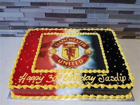 Manchester United Soccer Cake   Rashmi's Bakery